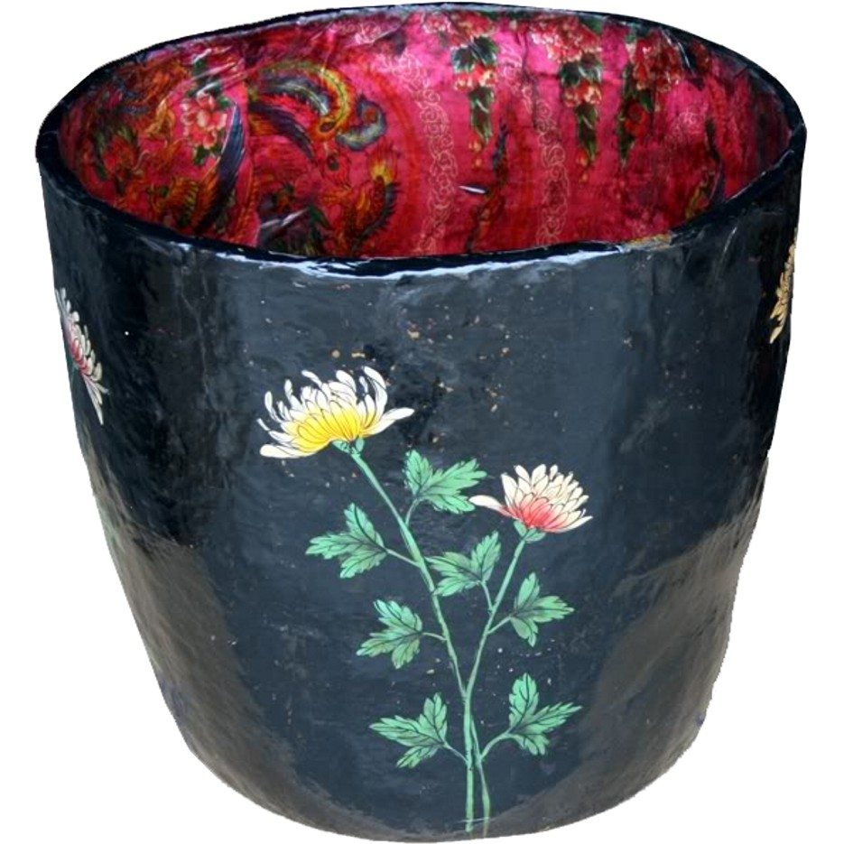 Chinese Vintage Barrel with Flora Painting