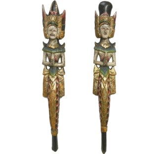 Pair of Hand Holding Chinese Totem