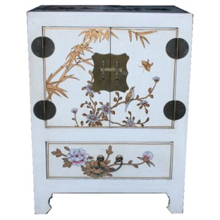 Medium White Two-Door One-Drawer Bedside