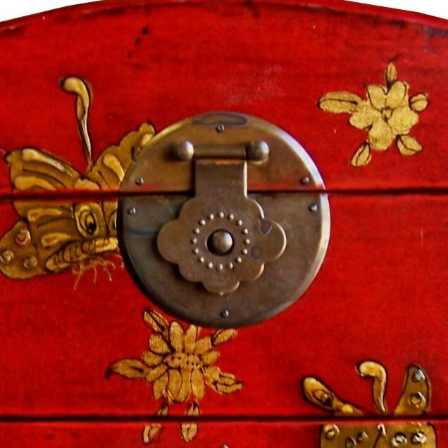 Red Two Drawers Mirror Box - Embossed Butterfly - Lock Detail