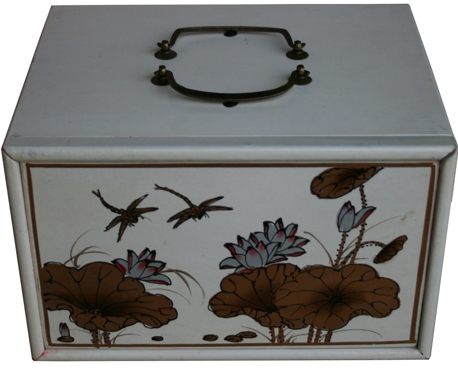 Mahjong Set in Creamy 4-Drawer Painted Case Top View