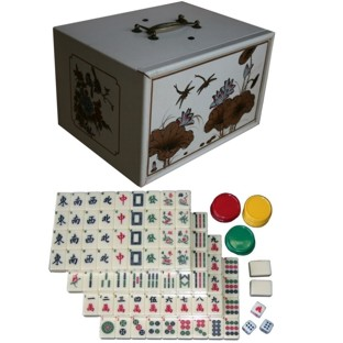 Mahjong Set in Creamy Four-Drawers Painted Case