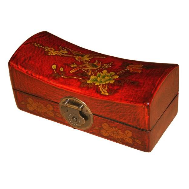 Red Medium Pillow Shape Jewellery Box- Detail
